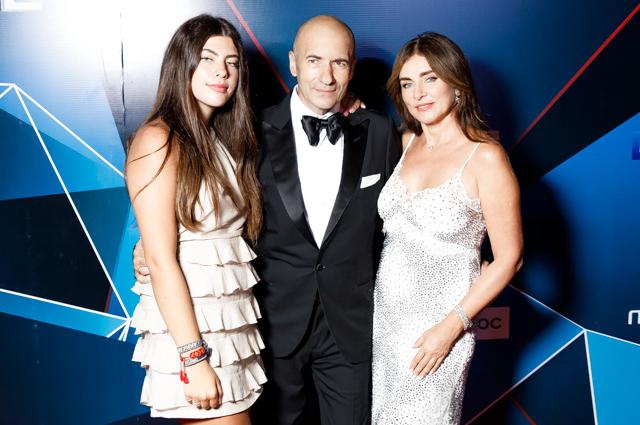 Игорь Крутой с дочерью Сашей и женой Ольгой