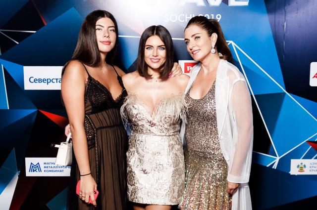 Александра, Виктория и Ольга Крутые