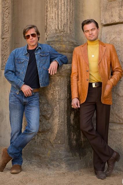"""Брэд Питт и Леонардо ДиКаприо. Кадр из фильма """"Однажды в Голливуде"""""""