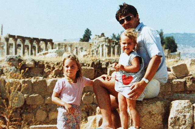 Кейт Миддлтон с сестрой и отцом в Иордании