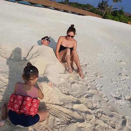Павел Воля и Ляйсан Утяшева отдыхают на Мальдивах вместе с детьми