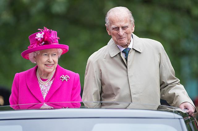 Супруг королевы Елизаветы II принц Филипп попал в ДТП
