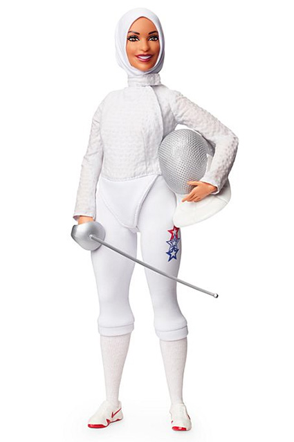 Первая Барби в хиджабе, вдохновленная фехтовальщицей Ибтихадж Мухаммад