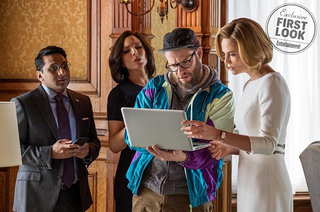 В сети появились первые фото Шарлиз Терон в образе госсекретаря США из фильма «Фларски»