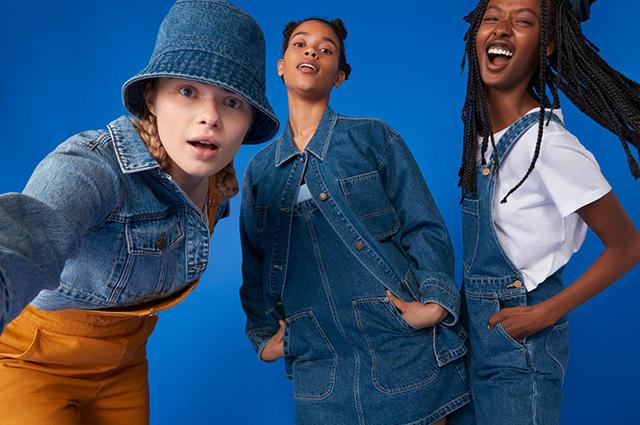 Девушки хотят веселиться: бодипозитивный деним и одежда для прогулок по крышам в новых лукбуках