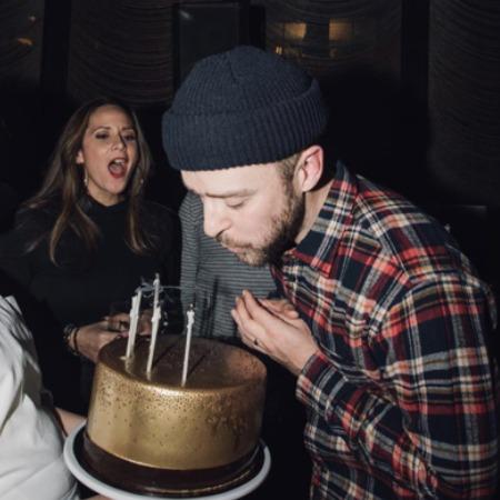 Джастин Тимберлейк отметил день рождения с Джоном Красински и Эмили Блант