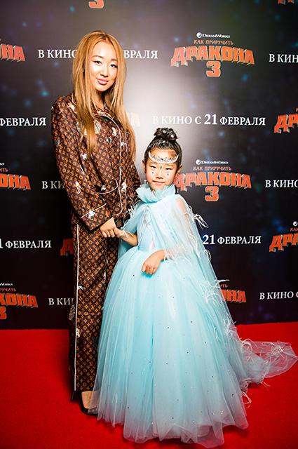 Евгения Ким с дочерью Сашей