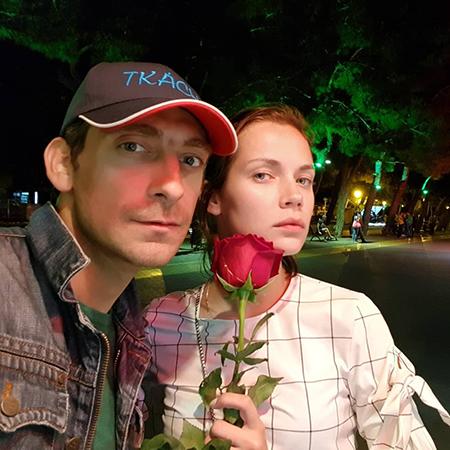 Артем Ткаченко с возлюбленной Екатериной Стеблиной