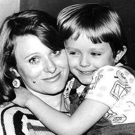 Юлия Началова с мамой Таисией