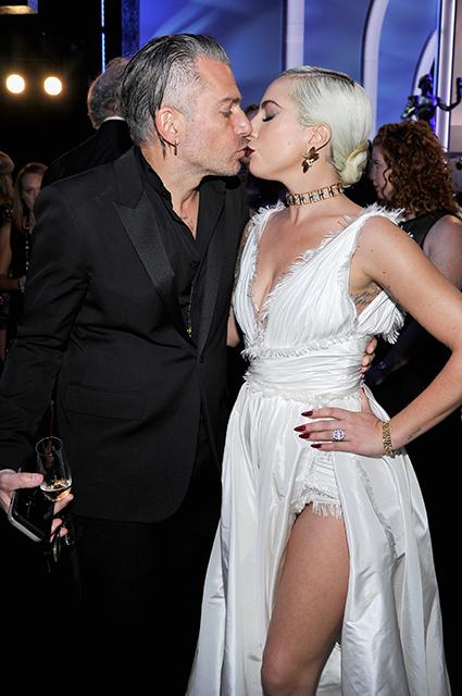 Леди Гага разорвала помолвку со своим женихом Кристианом Карино