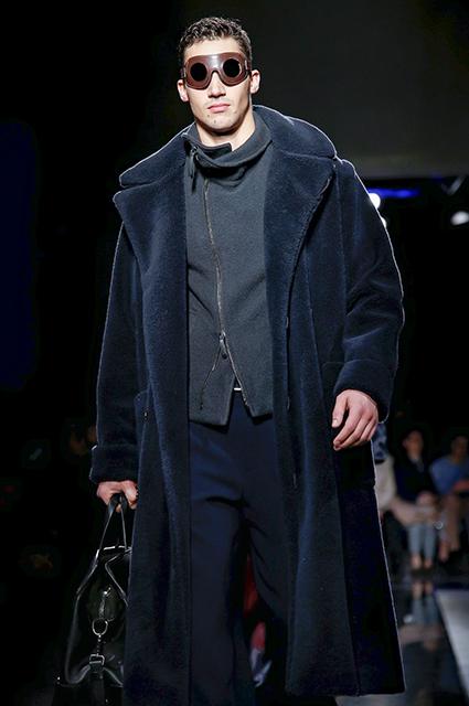 Неделя моды в Милане: Наоми Уоттс и Розамунд Пайк на показе Giorgio Armani сезона осень-зима 2019/2020