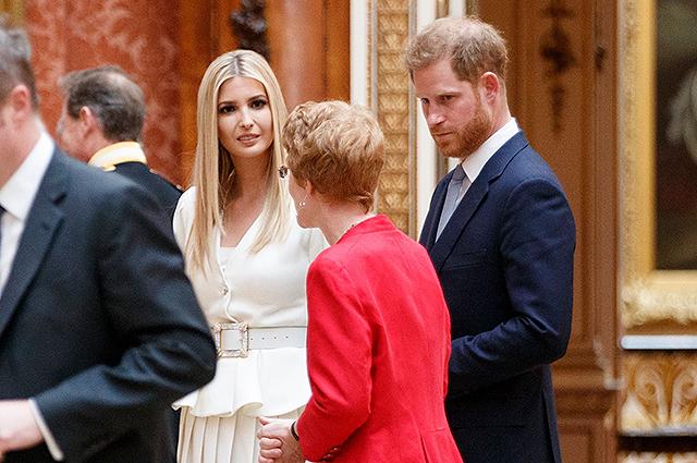 Принц Гарри пообщался с Иванкой Трамп во дворце (и держался подальше от ее отца после скандала с Меган Маркл)