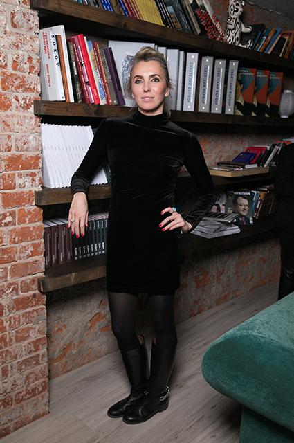 Светлана Бондарчук, Надежда Оболенцева, Резо Гигинеишвили на кинопоказе