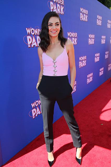 Мила Кунис на премьере мультфильма «Волшебный парк Джун» в Лос-Анджелесе