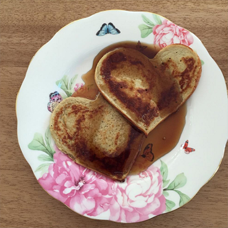 Смузи с овсянкой, фриттата, паста: чем завтракают звезды