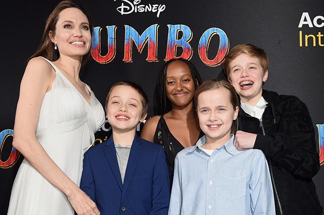 Анджелина Джоли с детьми, Ева Грин, Хелен Миррен и другие на премьере фильма