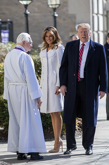 Мелания и Дональд Трамп на церковной службе в честь Дня святого Патрика