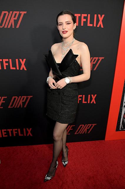 Пэрис Джексон появилась на премьере фильма с бойфрендом после новостей о попытке суицида