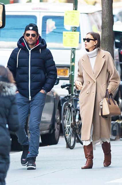 Брэдли Купер и Ирина Шейк на прогулке по Нью-Йорку: свежие фото пары
