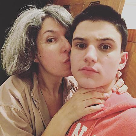 Анна Наринская с сыном Гришей