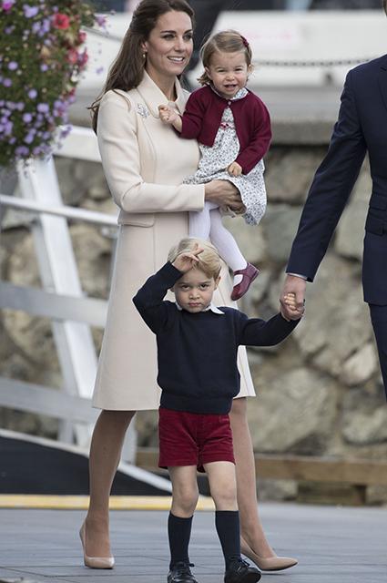 Кейт Миддлтон, принцесса Шарлотта и принц Джордж