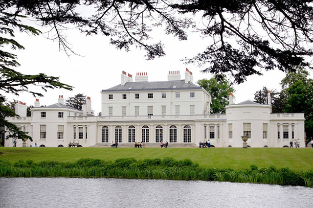 С новосельем: Меган Маркл и принц Гарри официально переехали во Фрогмор-хаус