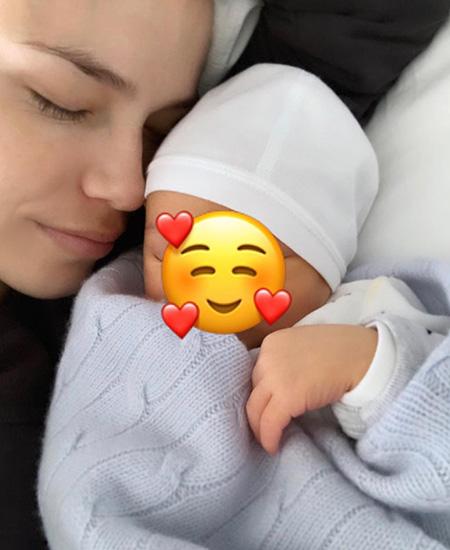 Наташа Поли с сыном