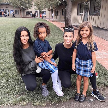 Ким Кардашьян с дочерью Норт и Кортни Кардашьян с дочерью Пенелопой