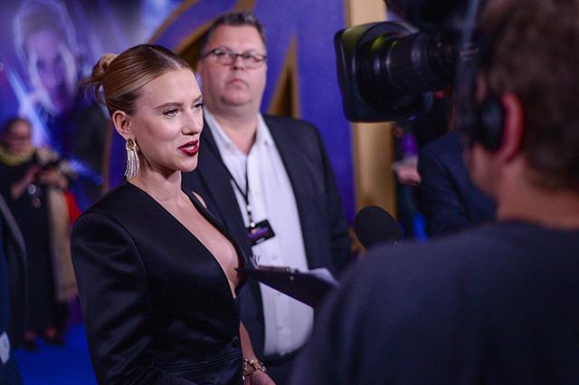 Скарлетт Йоханссон в дерзком образе на премьере фильма