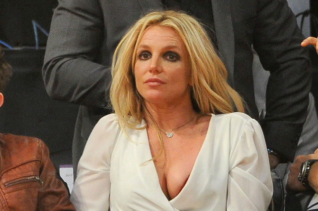 Мама Бритни Спирс подозревает, что ее дочь насильно держат в психиатрической клинике