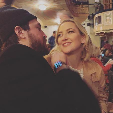 Кейт Хадсон с мужем Райдером Робинсоном