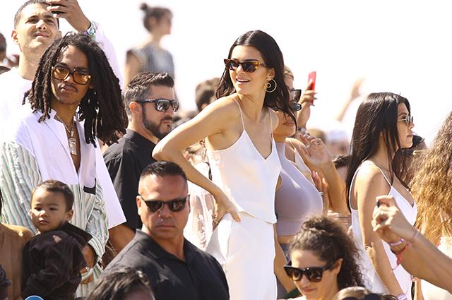 Семейство Кардашьян — Дженнер отпраздновало Пасху на фестивале Coachella