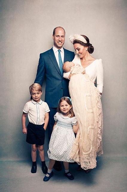 Принц Уильям, Кейт Миддлтон, принцы Луи и Джордж и принцесса Шарлотта