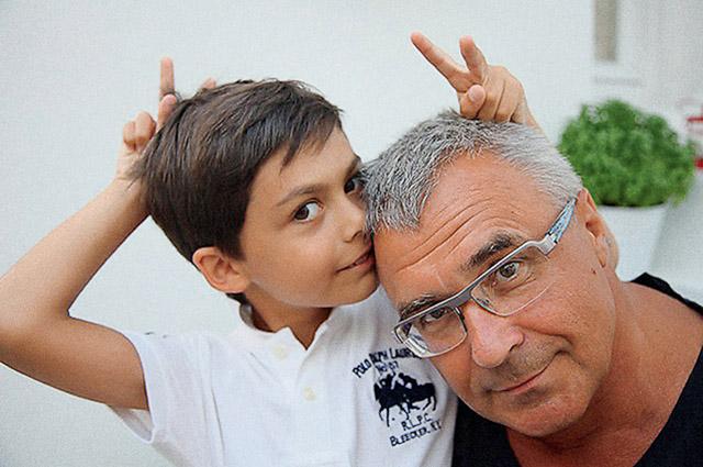 Александр Русинов с сыном Альбины Назимовой Иваном