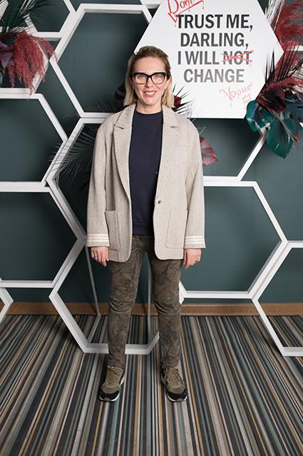 Модный дайджест: от благотворительности Виктории Бекхэм до обуви с Гарри Поттером