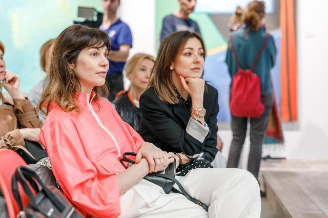 Ксения Собчак, Айдан Салахова и другие на public talk, посвященному современному искусству