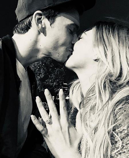 Хилари Дафф и Мэттью Кома помолвлены: фото кольца