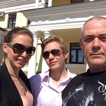 Сергей Доренко с дочерью Ксенией и сыном Прохором