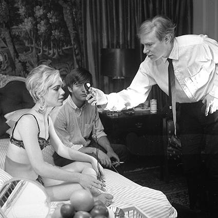 Как Эди Сэджвик поссорилась с Энди Уорхолом и перестала быть королевой Нью-Йорка