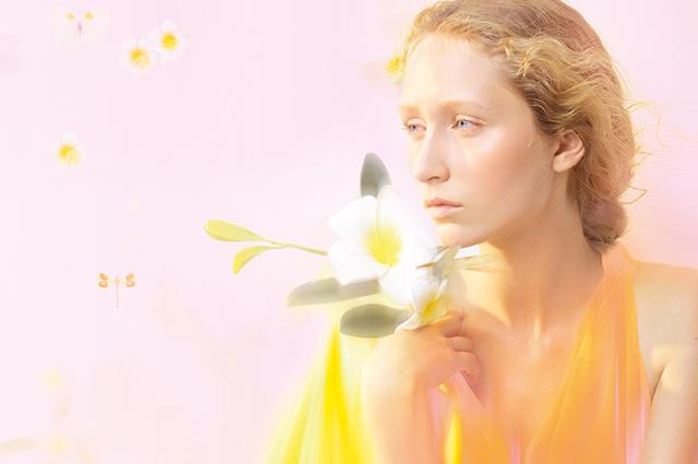 Бьюти-дайджест: от Марго Робби в рекламе духов Chanel до нового магазина Sephora