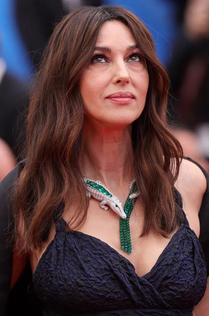 Моника Беллуччи в платье от Dior и украшениях от Cartier
