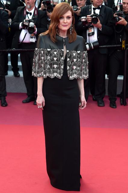 Джулианна Мур в платье от Louis Vuitton и уркашениях от Chopard