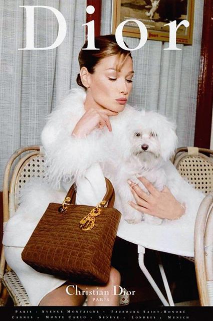 Карла Бруни в рекламе Lady Dior