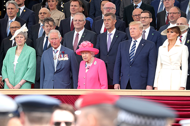 Тереза Мэй, принц Чарльз, королева Елизавета II, Дональд и Мелания Трамп