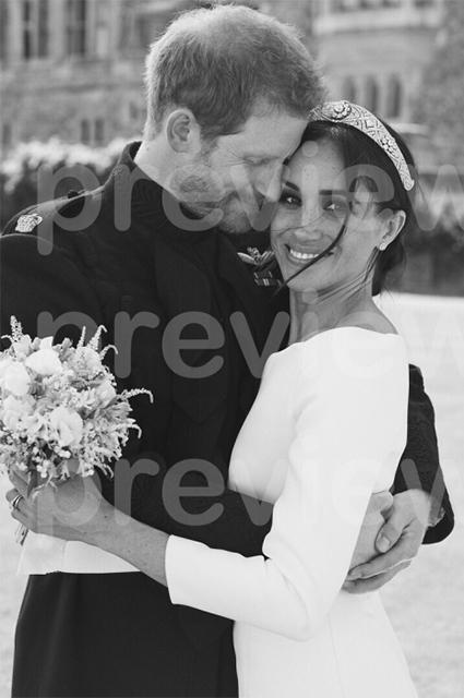 В сети обсуждают незаконно слитую свадебную фотографию Меган Маркл и принца Гарри