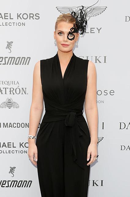 Племянница принцессы Дианы Китти Спенсер спровоцировала слухи о помолвке с 60-летним миллионером
