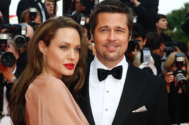 Брэд Питт поставил ультиматум Анджелине Джоли: или она дает ему развод, или платит крупный штраф