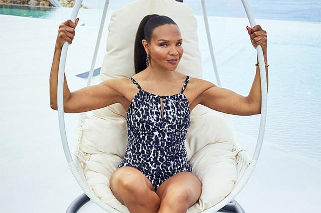 Мама Наоми Кэмпбелл снялась в купальнике для рекламной кампании