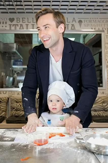 Дмитрий Шепелев с сыном
