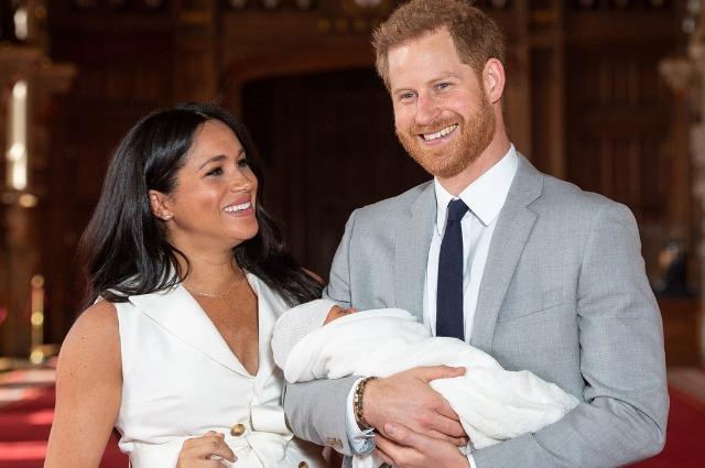 В честь Дня отца принц Гарри и Меган Маркл показали новое фото с малышом Арчи